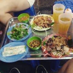 Nộm bò khô + Bánh bột lọc + nem cuốn của Quỳnh Trang tại Long Vi Dung - Nộm, Nem, Bánh Bột Lọc - 311460