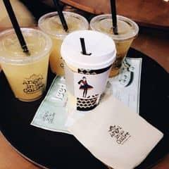 Nước cam của Diệu Linh tại Angel in us Coffee - Lotte Center Hanoi - 1244440