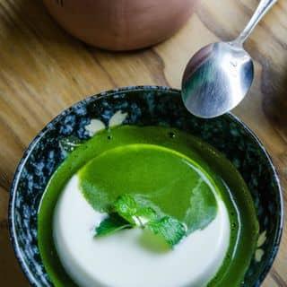 http://tea-3.lozi.vn/v1/images/resized/panna-cotta-matcha-pTKfT7QHMY5gTxVG-193929-1459404680
