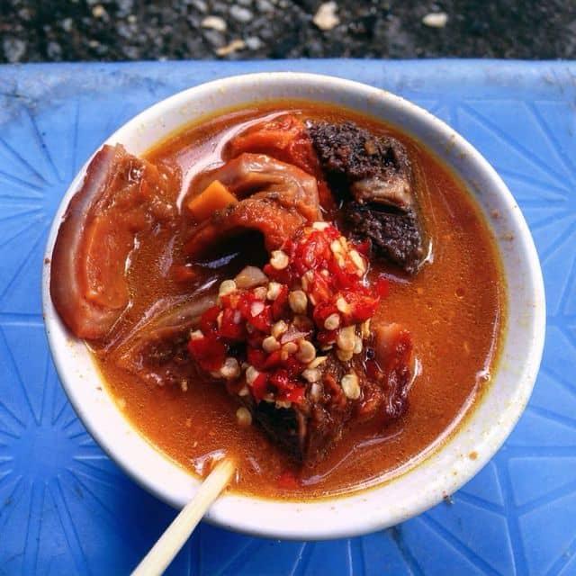Phá lấu bò của Lê Hưng tại Phá Lấu bò - Nguyễn Thị Minh Khai - 107607
