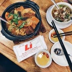 đây được xem là một trong những chỗ bán phá lấu sạch ở Sài Gòn, giá có hơi nhĩnh một chút nhưng cơ bản phá lấu ăn ngon và menu cũng rất đa dạng nữa.