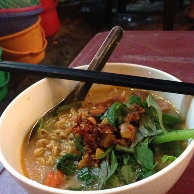 Hẻm ăn vặt 177 Lý Tự Trọng - 177 Lý Tự Trọng, Quận 1, Hồ Chí Minh