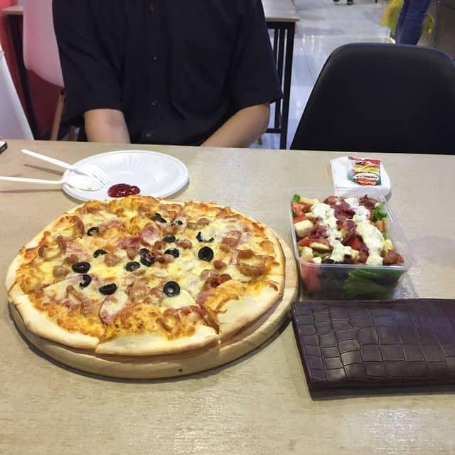 Pizza của Trang Lưu tại Pizza Pier - Trần Đình Xu - 102000