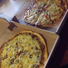 Pizza bò bằm ngô+ pizza bò ớt chuông  của Thươngg Thươngg tại Pizza Express - 298764