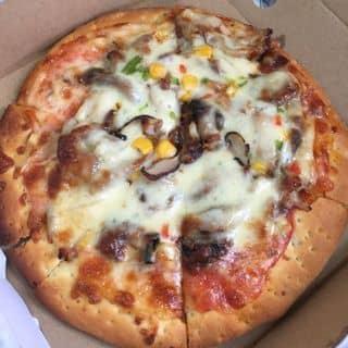 Pizza đế mỏng + phô mai gà ngô nấm của hanglala95 tại 26 Tôn Thất Tùng, Thành Phố Thanh Hóa, Thanh Hóa - 1037300
