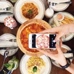Pizza, mỳ ý của Trà My tại Cowboy Jack's American Dining - Hoàng Đạo Thúy - 256990