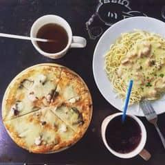 Pizza, mỳ ý của Khánh Linh Hoàng tại Spaghetti Box - Núi Trúc - 328050