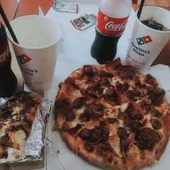 Pizza xúc xích   của N N Lan Vy tại Domino's Pizza - Đinh Tiên Hoàng - 1086825