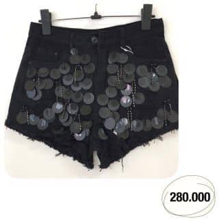 Quần short jean đính của hangnguyen221218 tại Hồ Chí Minh - 3417160