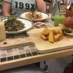 Quên tên rồi nhưng món bánh mì kẹp ngon nhất của Ninh Yến tại The KAfe - Nguyễn Chí Thanh - 366416