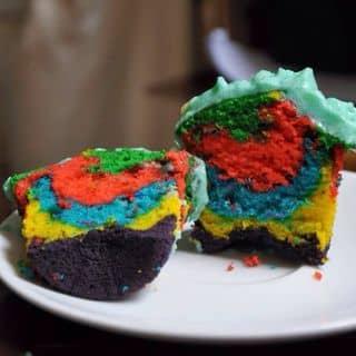 http://tea-3.lozi.vn/v1/images/resized/rainbow-cupcakes-132588-1448715035