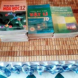 Sách giải và sách giáo khoa của hoarong tại KDC Duy Tân, Thành Phố Tuy Hòa, Phú Yên - 808427