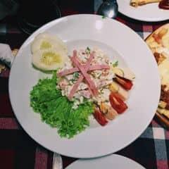 Salad Russian của Lân Hoàng tại Pepperonis Restaurant - Giảng Võ - 302472