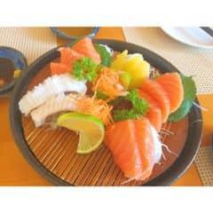 Sashimi bụng cá hồi - cá ngừ của Dương Bean tại Tokyo Deli - Hoàng Đạo Thúy - 1018601