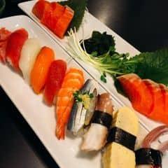 Sashimi thập cẩm của Phuc Cao tại The Sushi Bar - Zen Plaza - 200216