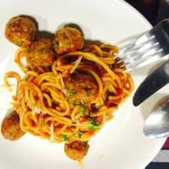 spaghetty bò viên  của Linhh Ngọc tại Pepperonis Restaurant - Hàng Trống - 284425