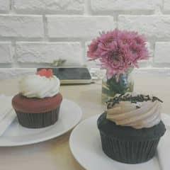 Strawbery and chocolate cupcake của Linh Trần tại Mint Cupcake Creation - Nguyễn Thái Học - 327051
