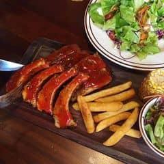 Sườn nướng của Trà My tại Cowboy Jack's American Dining - Hoàng Đạo Thúy - 76208