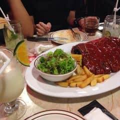Sườn nướng bbq cỡ lớn của Thu Anh tại Cowboy Jack's American Dining - Hoàng Đạo Thúy - 291124
