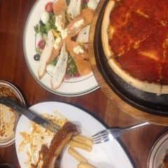 Sườn nướng bbq + salat cá hồi + pizza của Phươngg Nhii tại Cowboy Jack's American Dining - Hoàng Đạo Thúy - 942435