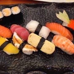 Sushi của Linh Việt tại Tokyo Deli - Điện Biên Phủ - 691923
