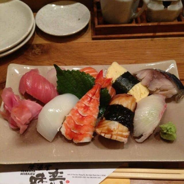 Sushi của Thảo Nguyễn tại Izakaya Miraku - Ẩm Thực Nhật Bản - 83620
