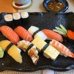 Lần nào vào Tokyo deli cũng k phải thất vọng, hình thức đẹp đồ ăn ngon giá hợp lý nhân viên phục vụ tốt ăn no qá trời manu đa dạng món Nhật ❤️