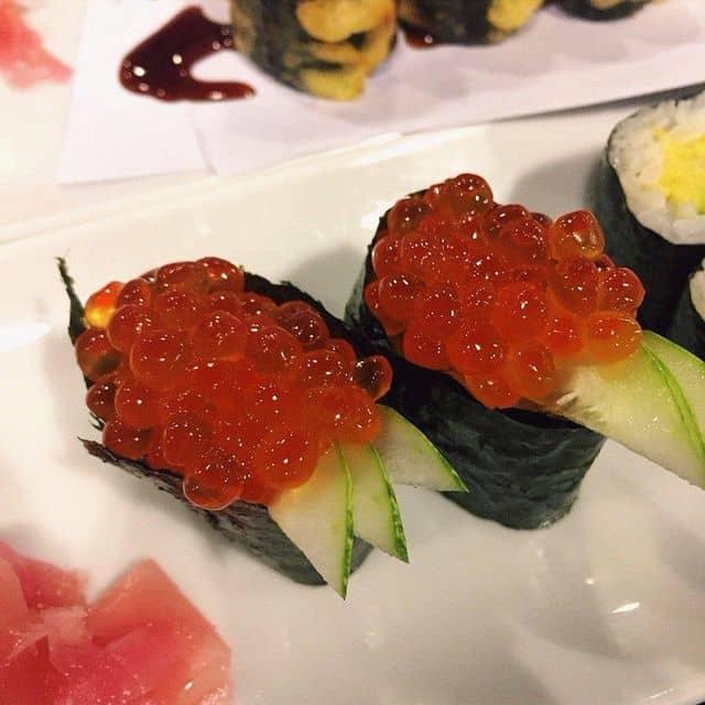 Sushi trứng cá hồi của Thảo Nguyễn tại The Sushi Bar - Nguyễn Đình Chiểu - 52284