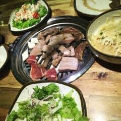 thịt nướng - salat của My Mèo tại Gogi House - Nướng Hàn Quốc - Trung Hòa - 326947