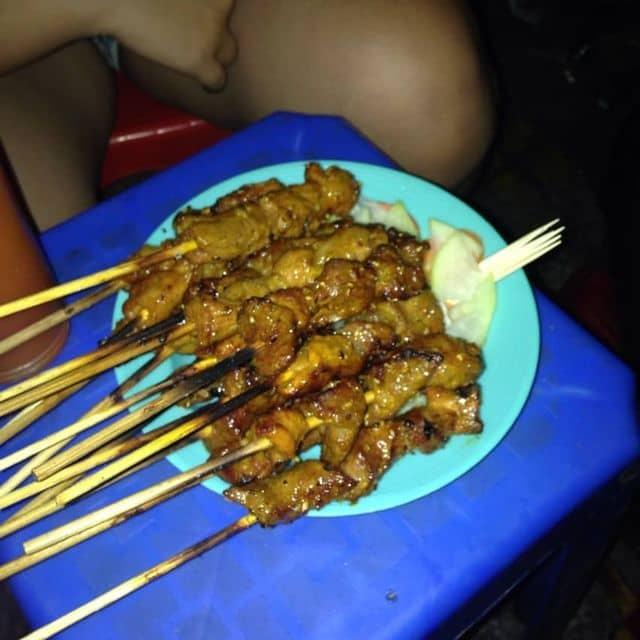 Thịt xiên nướng của Hoàng Nhật Linh tại Thịt Heo Xiên Nướng Hà Nội - 102608