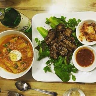 Tokbokki và thịt ba chỉ nướng,rượu soju của chauchau.anhanh tại 164 Xuân Diệu, Thành Phố Qui Nhơn, Bình Định - 434515