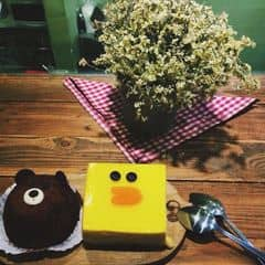 Trà bánh của Bellacampana tại Aroi Dessert Cafe - Nguyễn Thiệp - 415488