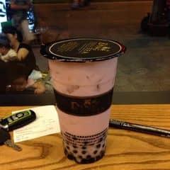 Trà sữa dâu tây ding tea của Sơn Cedric tại Ding Tea - Đào Tấn - 202898