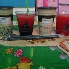Trà xanh nhật bản + Hồng trà sữa của Viênn Ngọcc tại Ding Tea - Đào Tấn - 701872