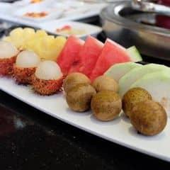 Menu đồ tráng miệng đa dạng từ hoa quả cho đến bánh , kem ...Đồ ở đây rất tươi và chất lượng .   ^^ Seoul Garden đang có chương trình khuyến mãi tặng 1 suất buffet cho nhóm 4 người và đồng thời áp dụng mức giá 269k và 349k đó khác .