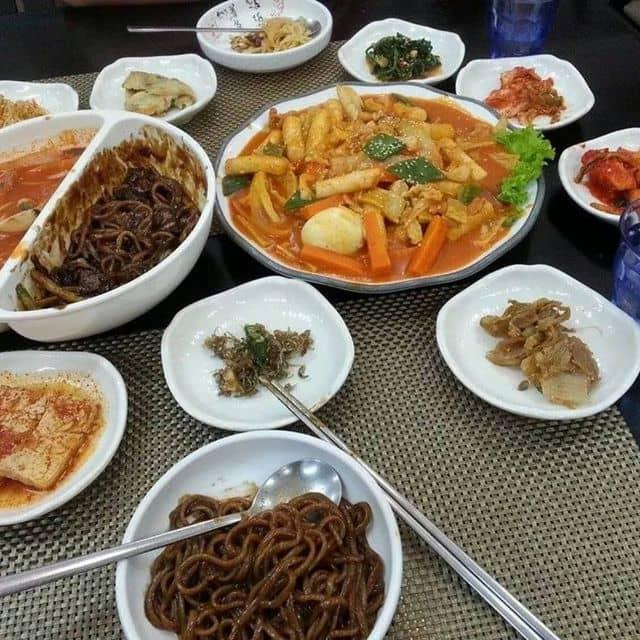 Ttokbbokki, jajangmyoen, kimbap của Anee Heo tại Nhà Hàng Việt - Hàn So Baek San - 96298
