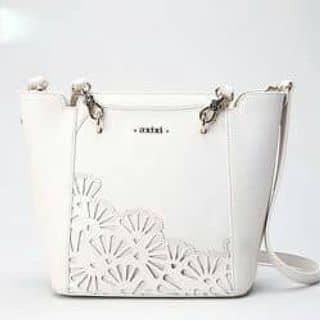 Túi xách da trắng phối họa tiết phong cách korea của thienan83 tại Hà Khẩu, Thành Phố Lào Cai, Lào Cai - 932821