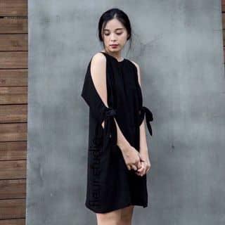 váy hở vai của phuongthaoo37 tại Đạm Thủy,  Thủy An, Huyện Đông Triều, Quảng Ninh - 3828496