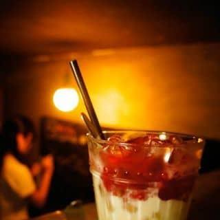 http://tea-3.lozi.vn/v1/images/resized/yogurt-viet-quat-12877-1414303308