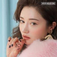 Tuyet Nguyen trên LOZI.vn